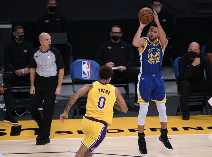 Curry Warriors beat Lakers 115-113
