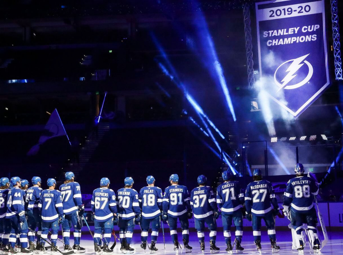 Lightning Raise Banner In Opener